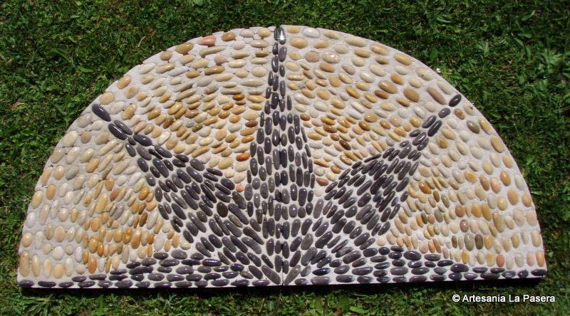 Dise o de jardines patios y terrazas con masaicos 1 for Disenos de patios con piedras