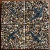 Opus Lapilli. Mosaico de piedras con golondrinas.